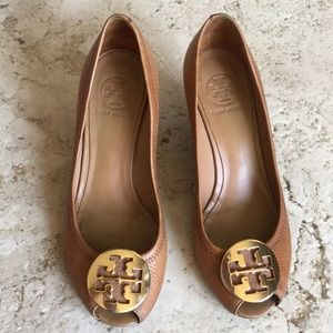 Tory Burch Tan Leather Peep Toe Wedges Size 8